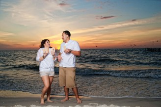 naples florida senior dating The area naples offers miles of white beaches along florida's gulf coast, and a variety of fishing, boating, and other recreational activities.
