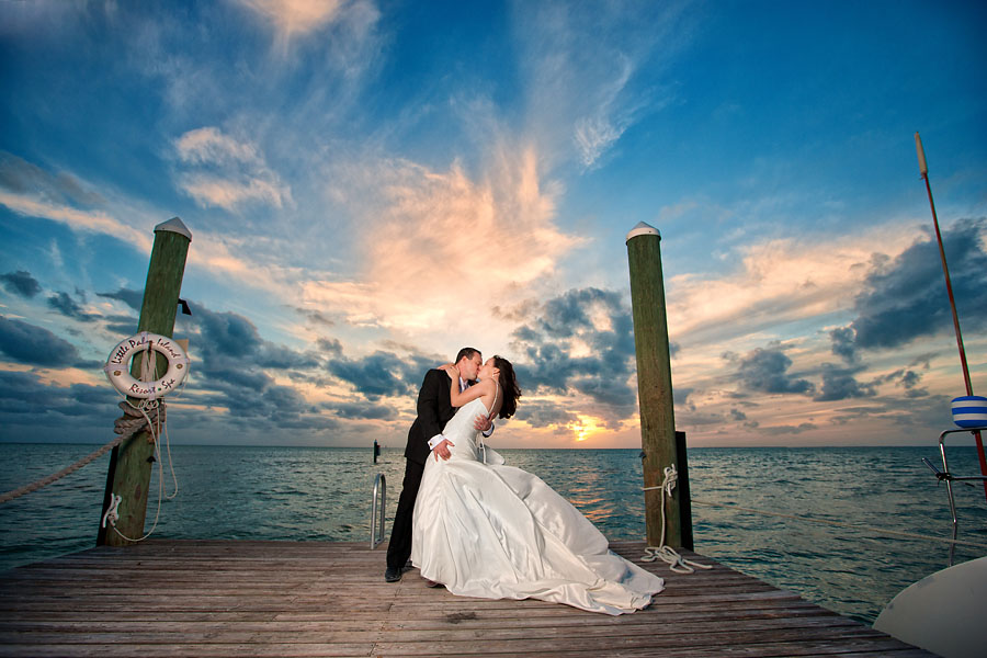 Little palm island wedding theresa jim key west for Key west wedding dresses