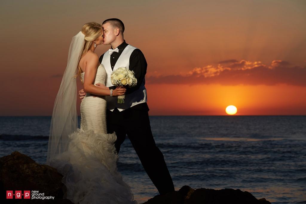 Naples Beach Hotel Wedding